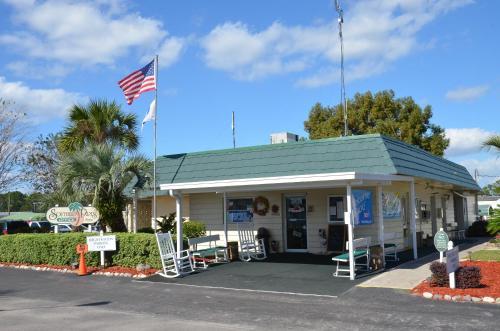 Southern Palms Park Model 11 Photo