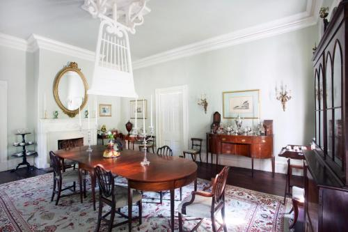 Linden - A Historic Antebellum Bed And Breakfast - Natchez, MS 39120
