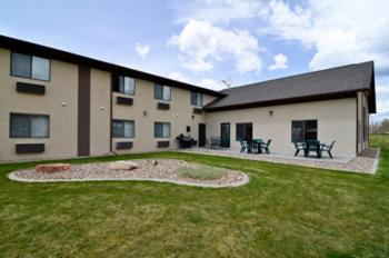 Baymont By Wyndham Hot Springs - Hot Springs, SD 57747