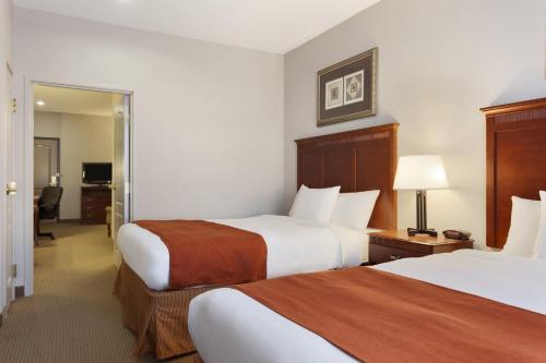 Country Inn & Suites by Radisson, Harrisonburg, VA Photo