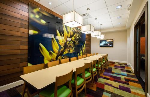 Fairfield Inn & Suites by Marriott Orlando International Drive/Convention Center photo 44