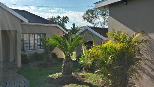 Intaka Guest House Photo