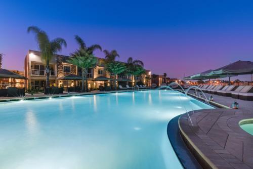 Magic Village Resort Orlando Near Disney Photo
