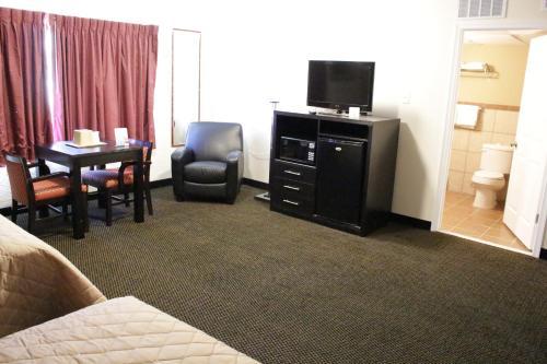 Cozy Crest Motel - Wildwood Crest, NJ 08260