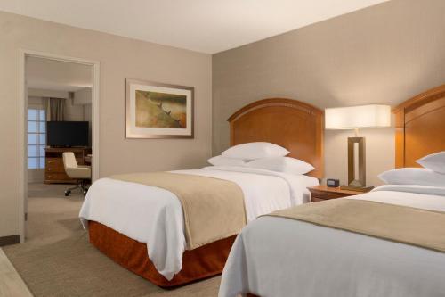 Embassy Suites by Hilton El Paso Photo