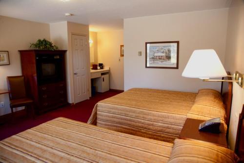 Swan Motel - Stratford, ON N5A 6S3