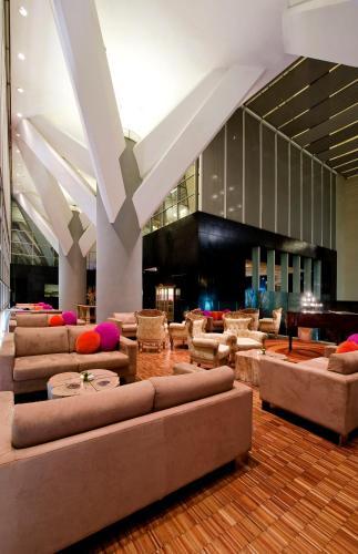 Hotel Maya Kuala Lumpur photo 6
