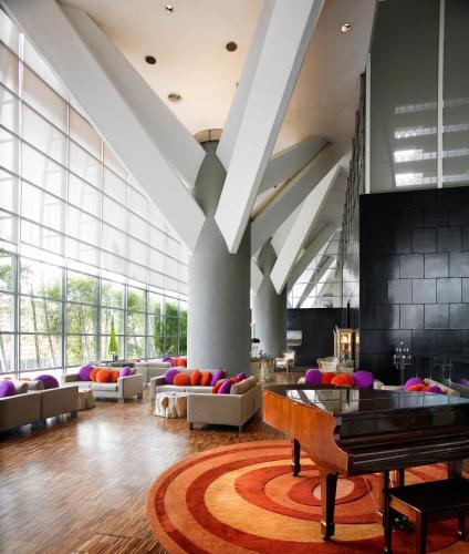 Hotel Maya Kuala Lumpur photo 7