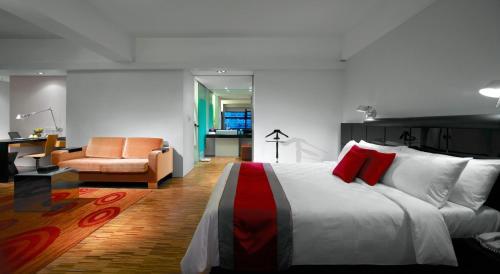 Hotel Maya Kuala Lumpur photo 11