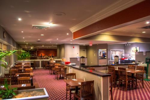 Ramada Trenton Hotel Photo