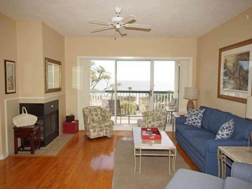 404 Barrington Arms Villa - Hilton Head Island, SC 29928