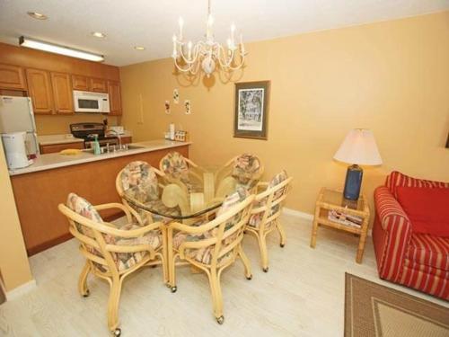 11 Moorings Villa - Hilton Head Island, SC 29928