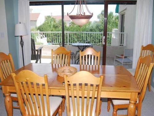 15 Beach Villas Villa - Hilton Head Island, SC 29928