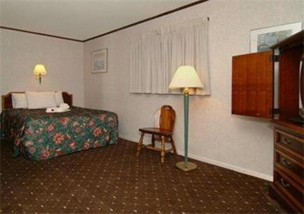 Econo Lodge Bayview Photo