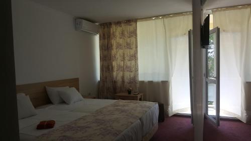 Hotel Semiramis photo 8