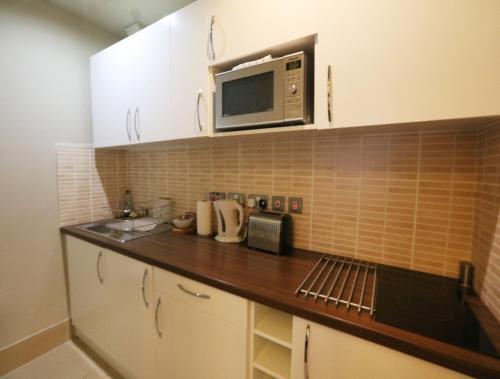 Palmerston Suites photo 37