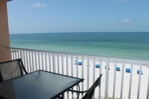 Beach Palms 505 Apartment