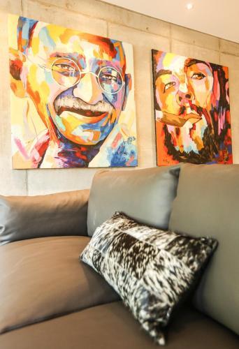 le kube annecy centre appartements de luxe location saisonni re 21 faubourg des balmettes. Black Bedroom Furniture Sets. Home Design Ideas