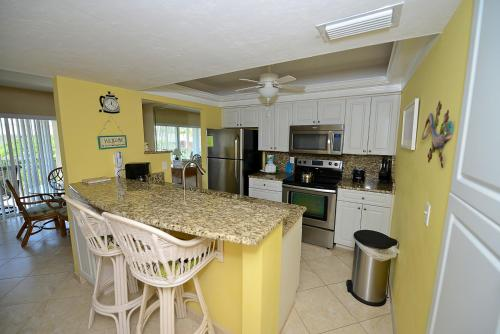 Sanibel Siesta on the Beach Unit 209 Photo
