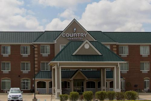 Country Inn & Suites by Radisson, Valparaiso, IN Photo