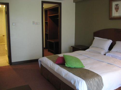 Casuarina Hotel photo 9