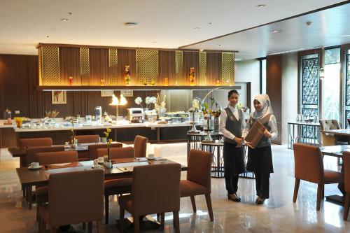 Al Meroz Hotel Bangkok - The Leading Halal Hotel photo 37