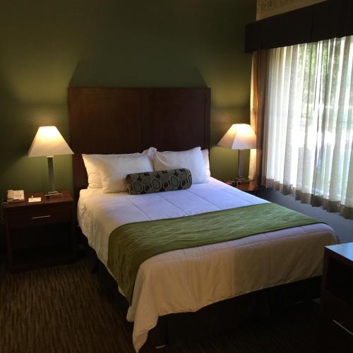 Hawthorn Suites by Wyndham Rancho Cordova/Folsom Photo