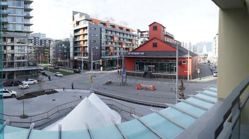 Olympic Village Living By Citiwest - Vancouver, BC V5Y 0K2