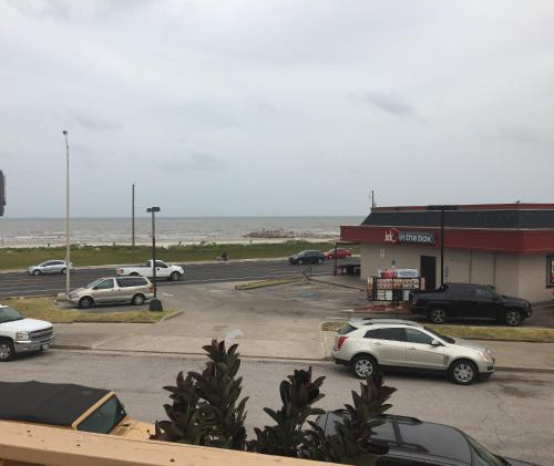 Surf Motel And Apartments - Galveston, TX 77550