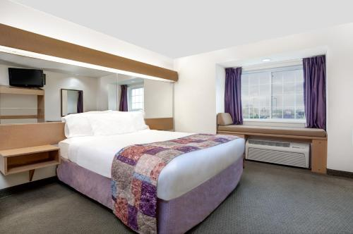 Microtel Inn & Suites By Wyndham Mankato - Mankato, MN 56001