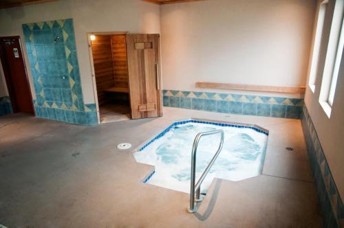 Fortune Motel - Kamloops, BC V2B 2K6