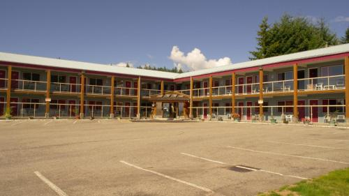 Island View Lodge - Powell River, BC V8A 4K6