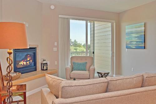 Outlook Condos At Oyhut Bay - Ocean Shores, WA 98569