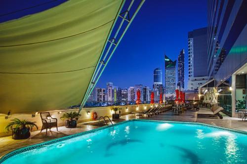 Corniche Hotel Abu Dhabi impression