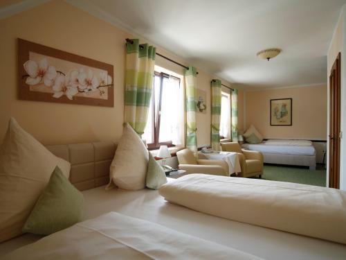 Hotel Garni zum Gockl photo 17