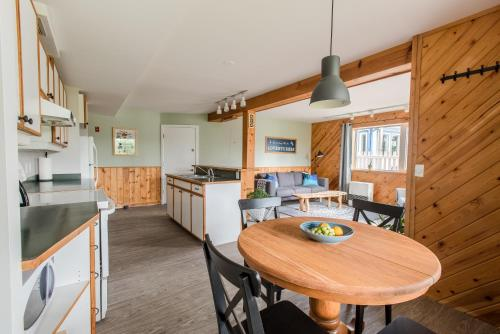Urban Caribou Bed & Breakfast - Whitehorse, YT Y1A 5G9