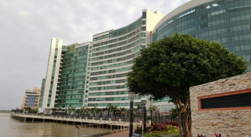 Hotel River Front 1