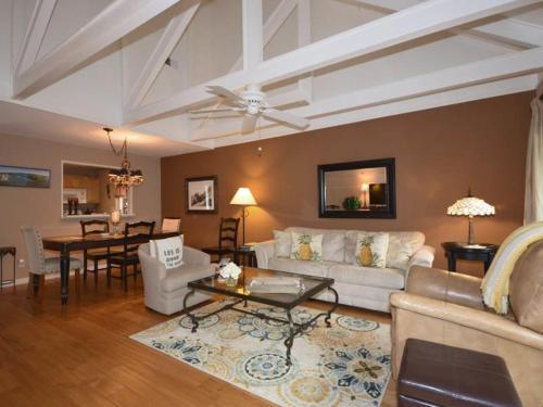 Queens Grant 597 Villa Photo