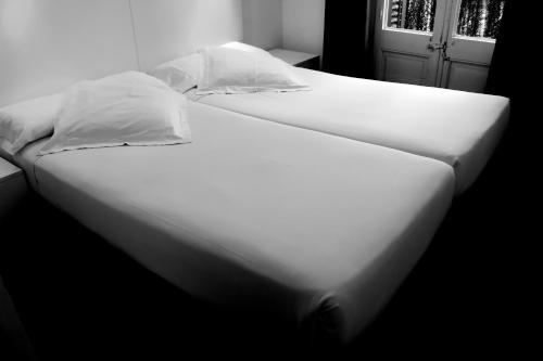 Raval Rooms photo 42