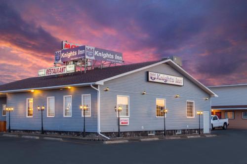 Knights Inn Woodstock Photo