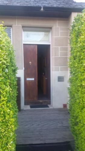 Cambridge House photo 11