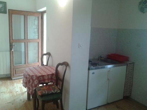 Apartments Tikel