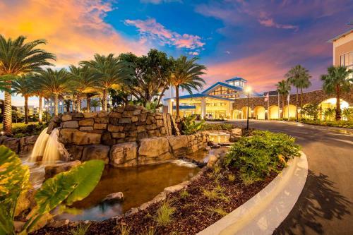 Universal's Loews Sapphire Falls Resort photo 7