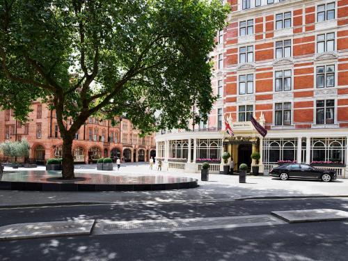 Carlos Place, Mayfair, London, England, United Kingdom, W1K 2AL.