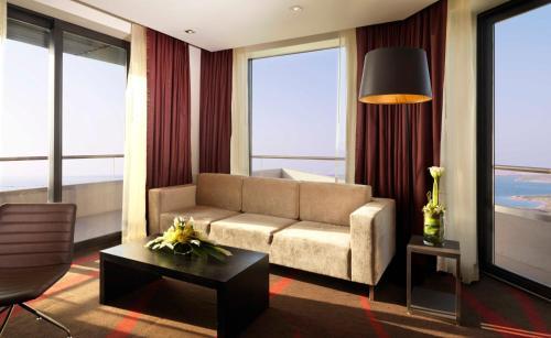 Radisson Blu Hotel, Abu Dhabi Yas Island photo 6