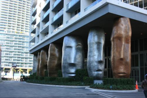 Icon Residences by Sunnyside Retreats Photo