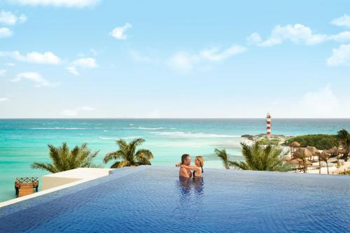 Opinion adult cancun hotel only charming