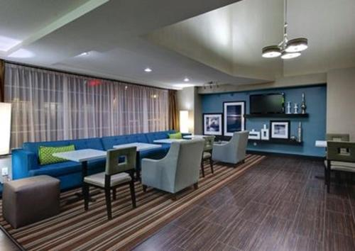 Hampton Inn & Suites Hermosa Beach - Hermosa Beach, CA 90254