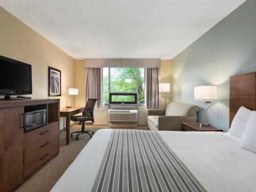 Travelodge By Wyndham Sydney - Sydney, NS B1S 1A8