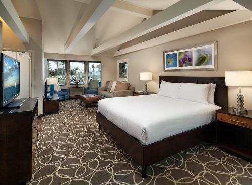 Hilton Garden Inn Los Angeles Marina Del Rey Photo